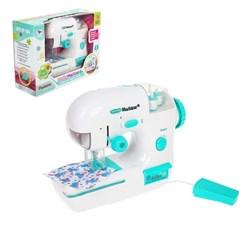"""Швейная машина """"Карамель"""" с 3 катушками, световой эффект, цвет мята - фото 631496"""